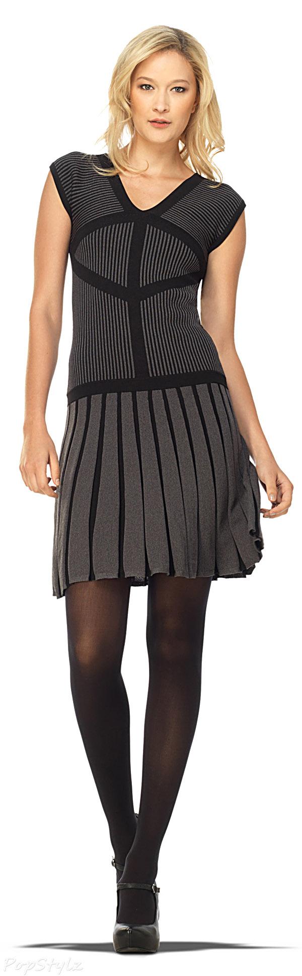 MAXSTUDIO Cap Sleeved Sweater Dress