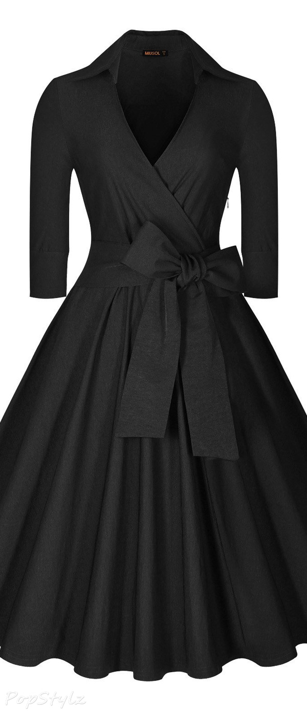 MIUSOL Deep-V Neck Half Sleeve Vintage Classic Swing Dress