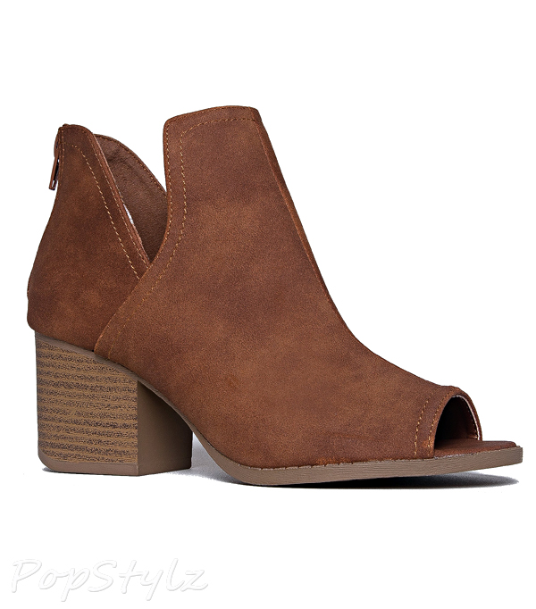 J. ADAMS Cut Out Western Low Ankle Walking Bootie